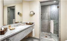 Grand Class bathroom Hotel Casa Velas