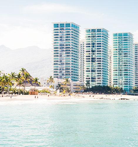 Playa Puerto Vallarta - Zona Hotelera